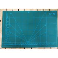 Доска для резки кожи с разметкой размер А3 макетный коврик